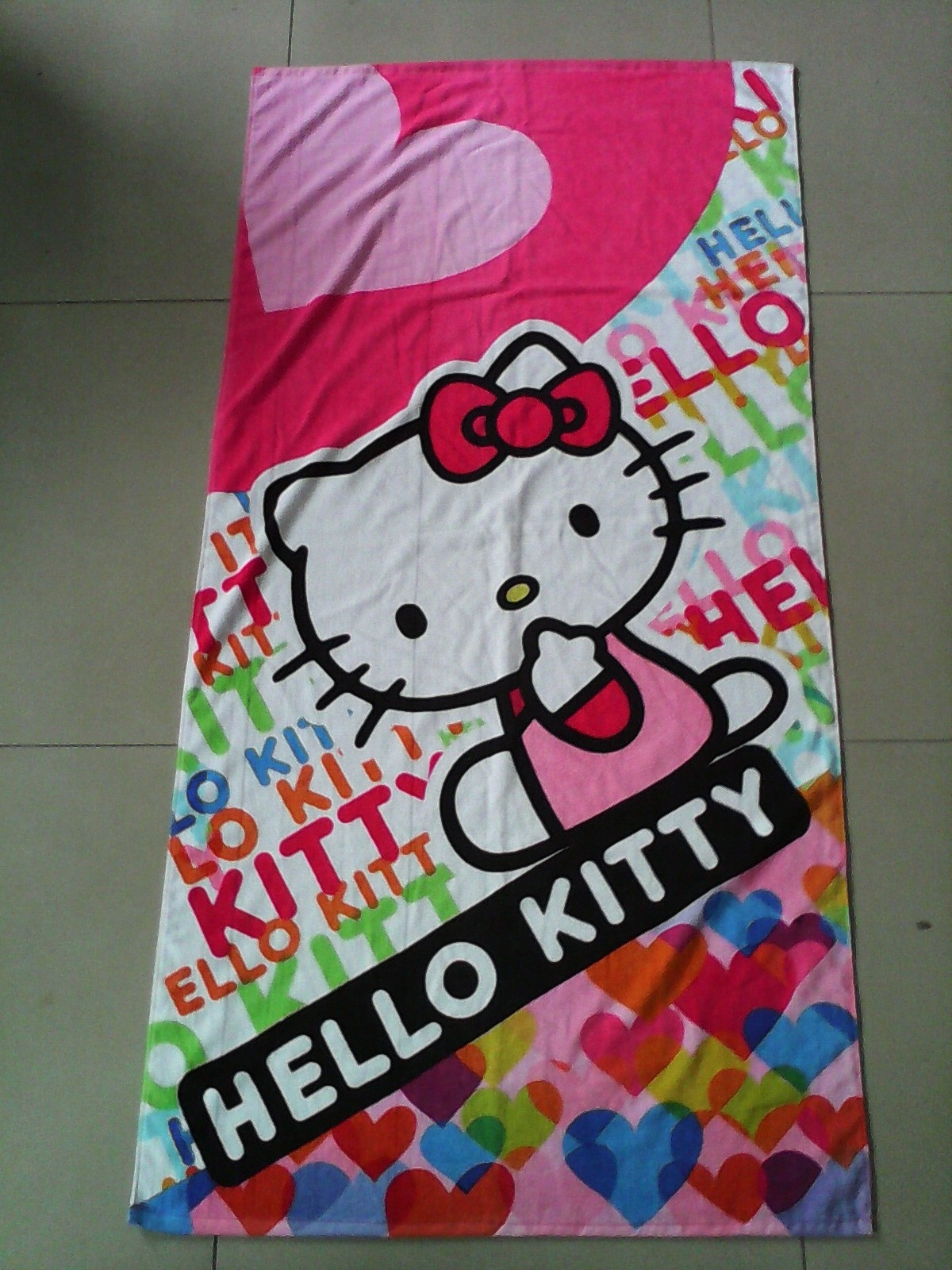 HELLO KITTY  organic cotton beach towel with reactive printing