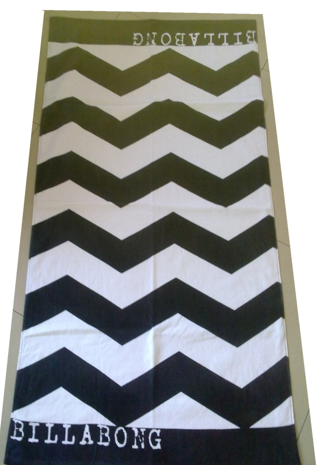 Wholesale cheapest sand free custom beach towel